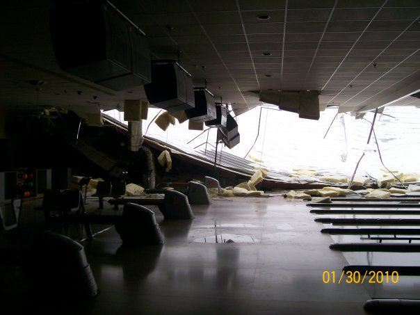 Roof Collapses at Smyrna Bowling Center